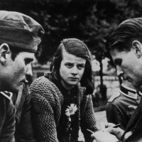 Book Review: Sophie Scholl & The White Rose