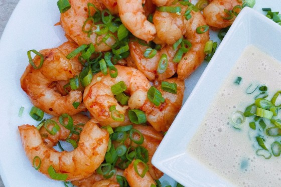 chili garlic shrimp featured