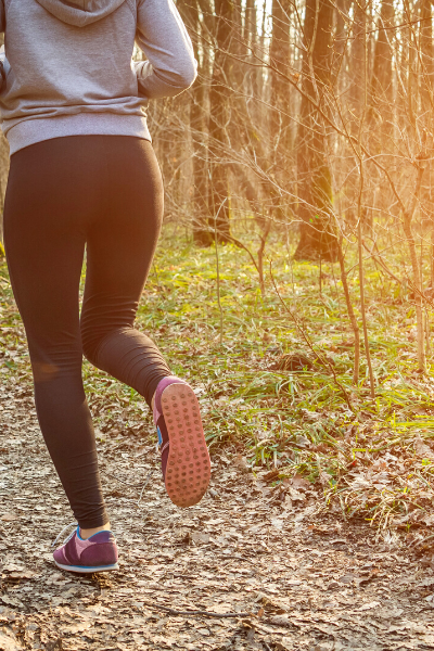 6 Outdoor Running Safety Tips for Women