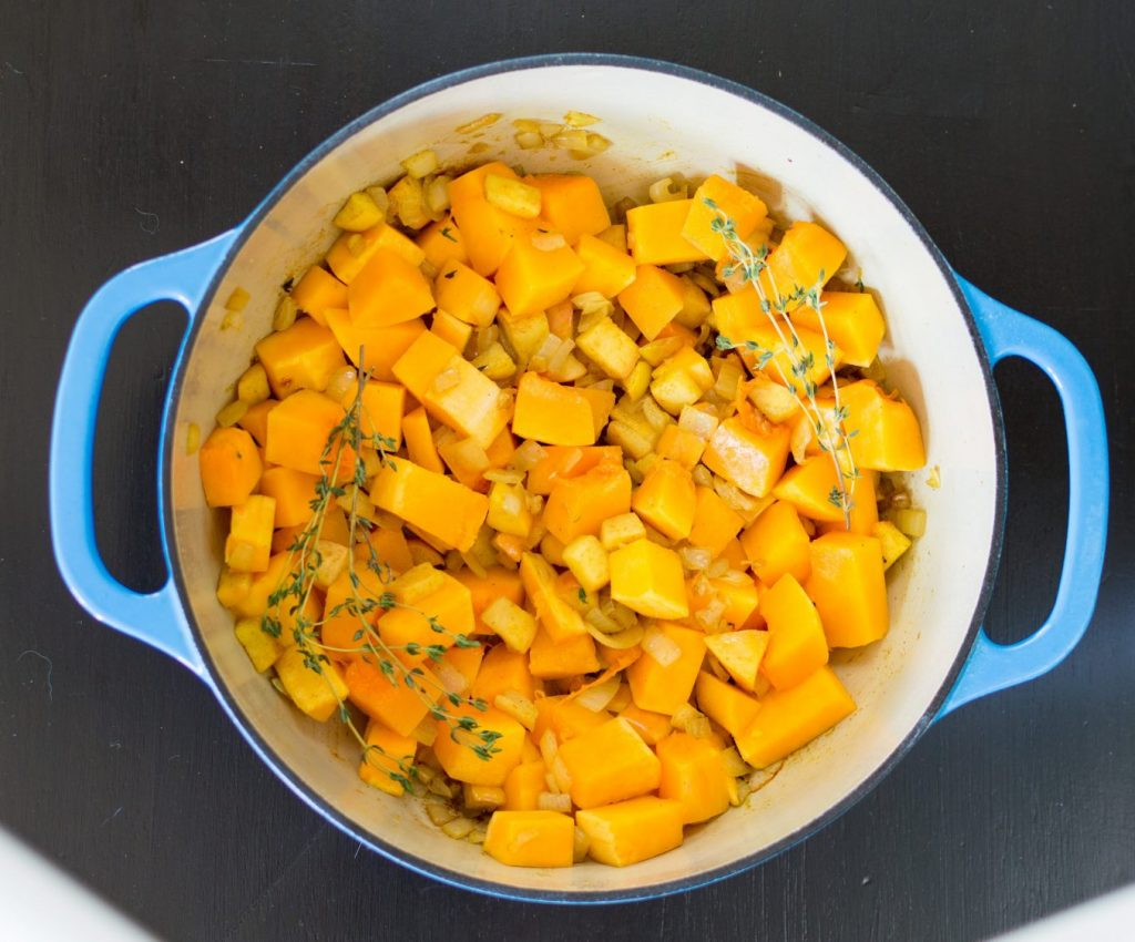 Butternut squash soup is the ultimate cold weather food. The warm blend of spices mixed with the sweet taste of butternut squash and apples can make any day better. This recipe is also Whole30 compliant and can be ready to eat in under an hour! thesimplesupper.com