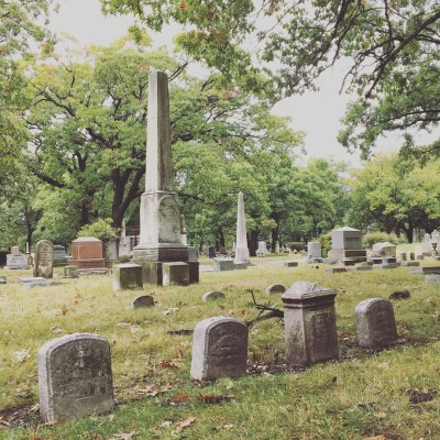 Rosehill Cemetery and Macabre Vibes