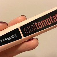 Máscara de pestañas Total Temptation, de Maybelline New York