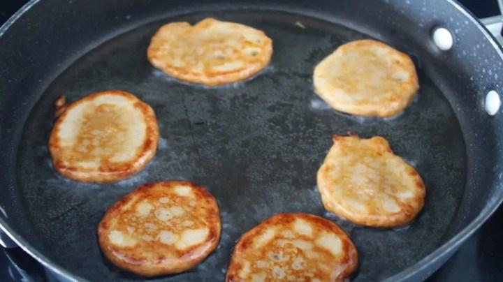 Frying Banana Fritters