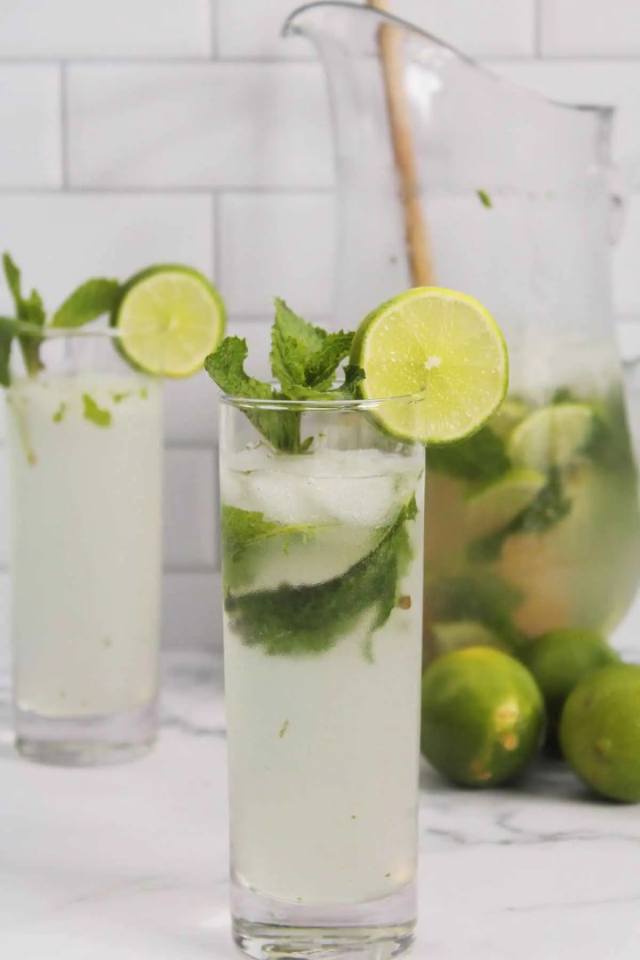 A refreshing cocktail for the summer.