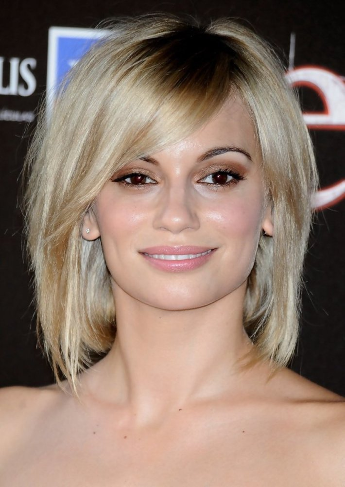 the best hairstyles for a cowlick at the back of the head