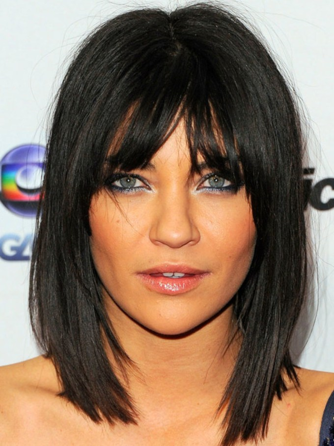 the best (and worst) bangs for inverted triangle faces - the