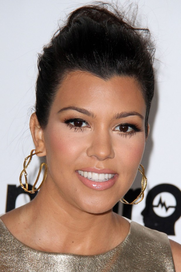 Kourtney Kardashian, Elton John AIDS Foundation Academy Awards viewing party, 2012
