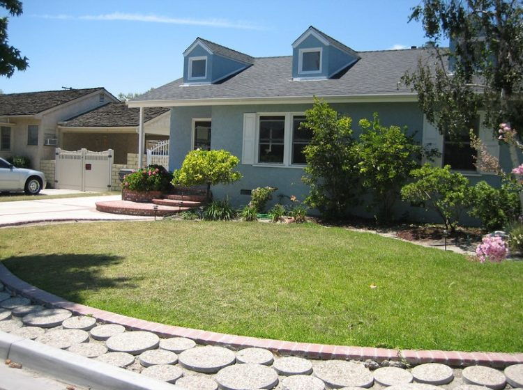 Make Your Backyard More Appealing with Drought Tolerant Landscaping Design 4