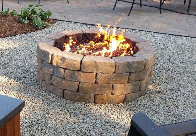 15 Outstanding Cinder Block Fire Pit Design Ideas For Outdoor on Simple Cinder Block Fireplace id=26703