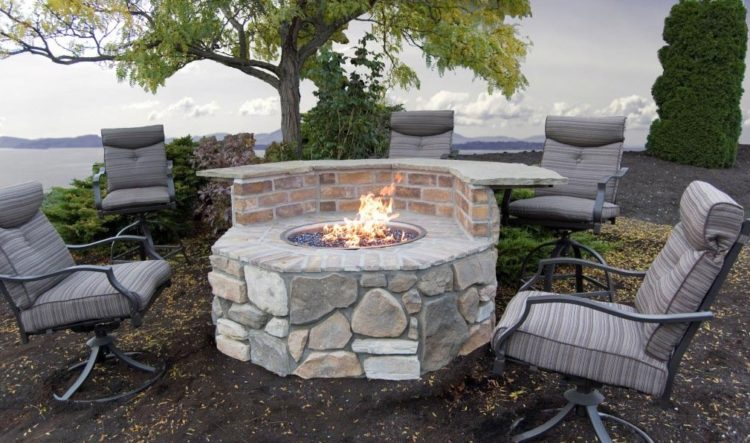15 Outstanding Cinder Block Fire Pit Design Ideas For Outdoor on Simple Cinder Block Fireplace id=85754