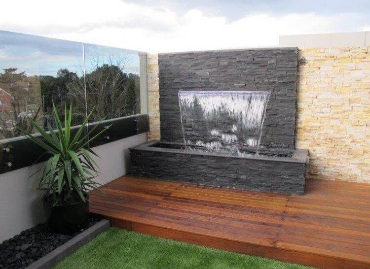 21 Backyard Wall Fountain Ideas to Wow Your Visitors - TSP ... on Backyard Feature Walls  id=87017