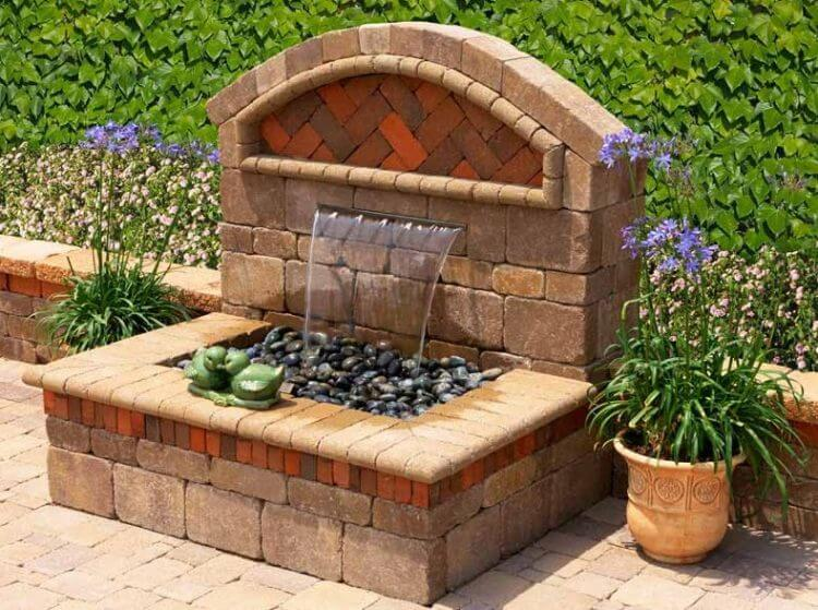 21 Backyard Wall Fountain Ideas to Wow Your Visitors - TSP ... on Backyard Feature Walls  id=20909