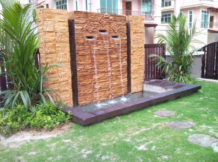 21 Backyard Wall Fountain Ideas to Wow Your Visitors - TSP ... on Backyard Feature Walls  id=72925