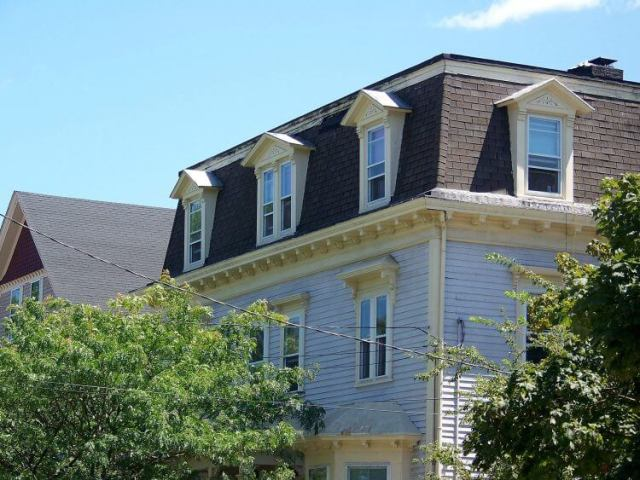 Everything You Have to Know About Mansard Roof 1