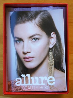 Allure Bonus Beauty Box Covergirl Wella SK-II