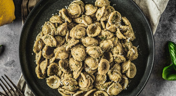 Simple Basil and Walnut Pesto