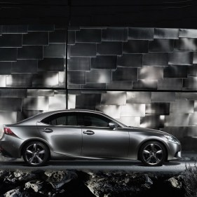 2014-Lexus-IS-Sedan-31[2]