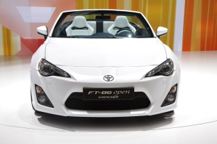 003-toyota-ft-86-open-concept