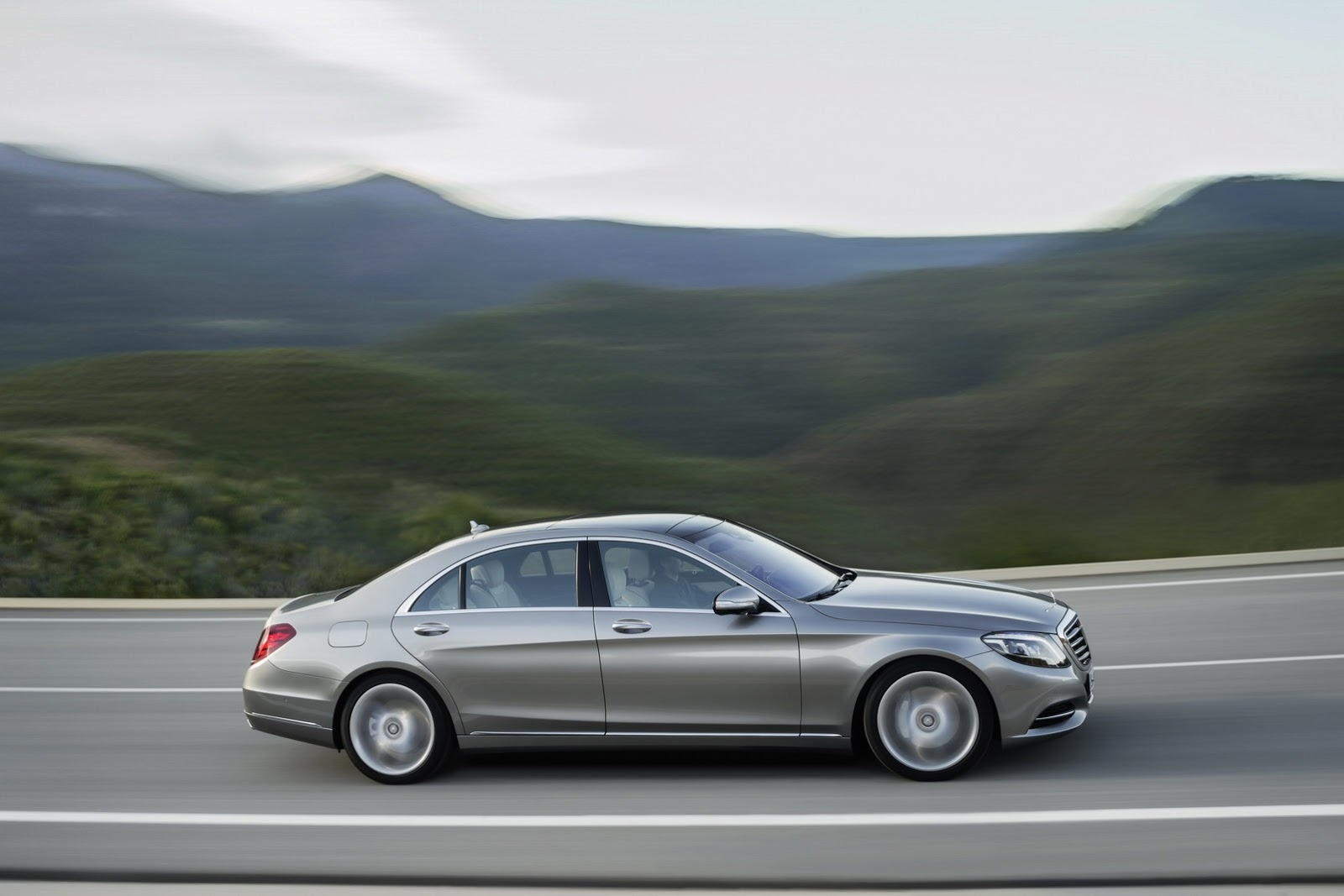 2014 Mercedes Benz S-Class - SMADE MEDIA (39)