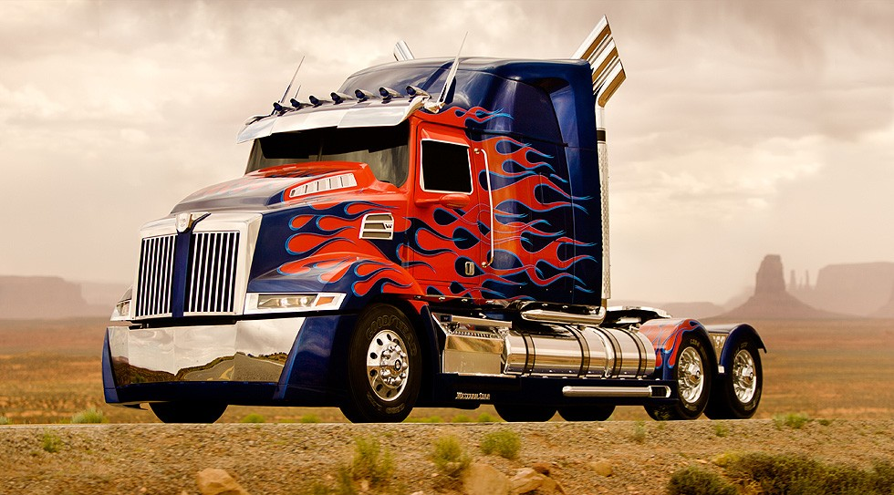 Optimus Prime Transformers 4 SMADE MEDIA