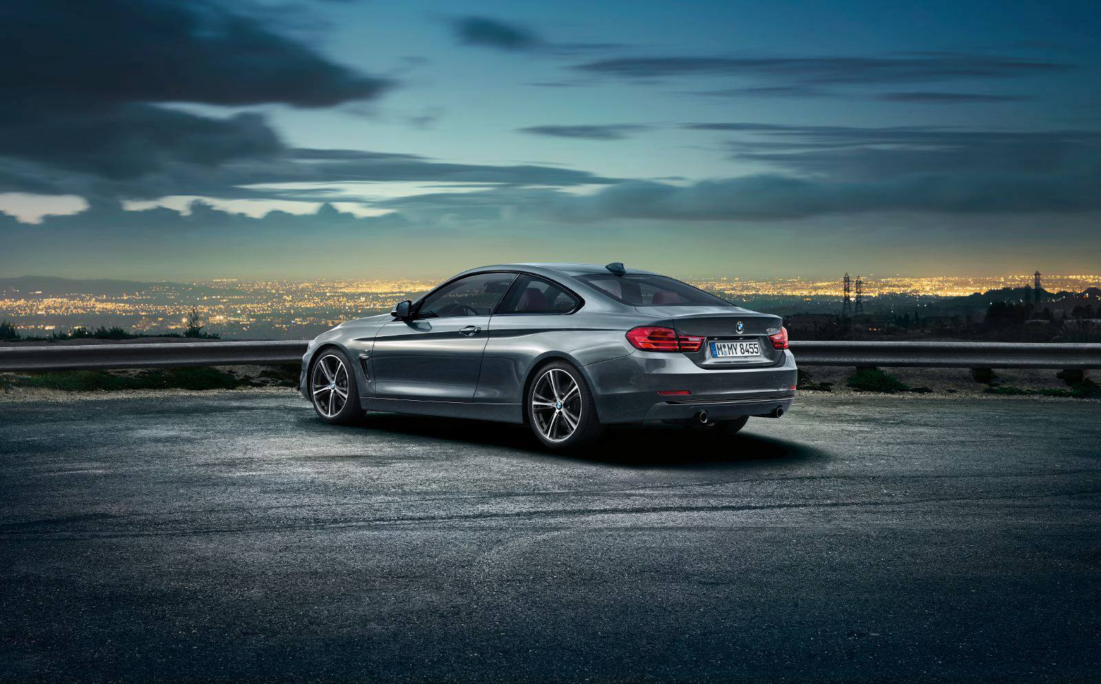 SMADEMEDIA 2014 BMW 4 SERIES COUPE (37)