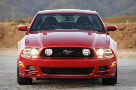 2013 Ford Mustang Magazine Front End