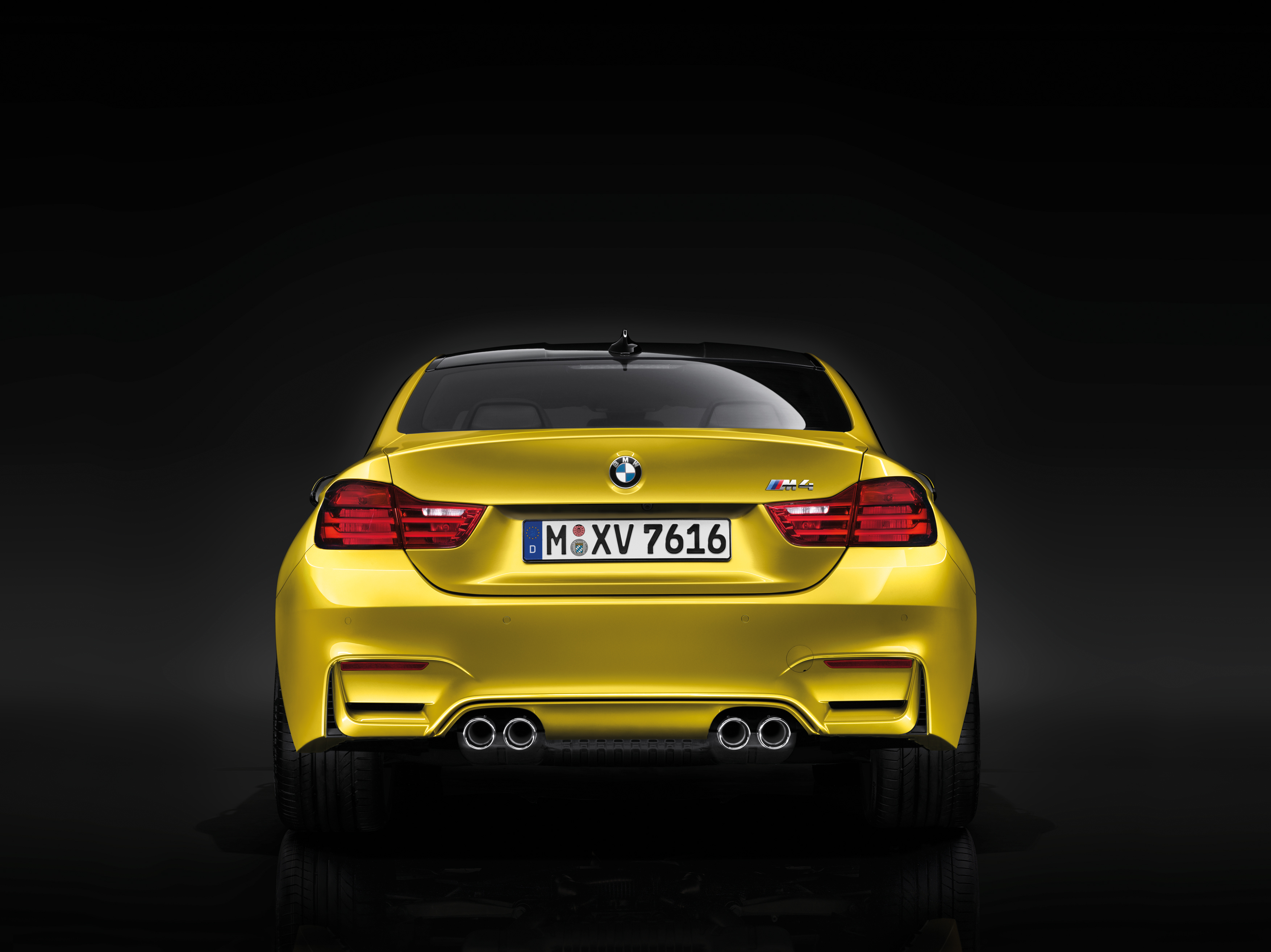 2015 BMW M4 Coupe Stills - (3) - SMADEMEDIA.COM Galleria