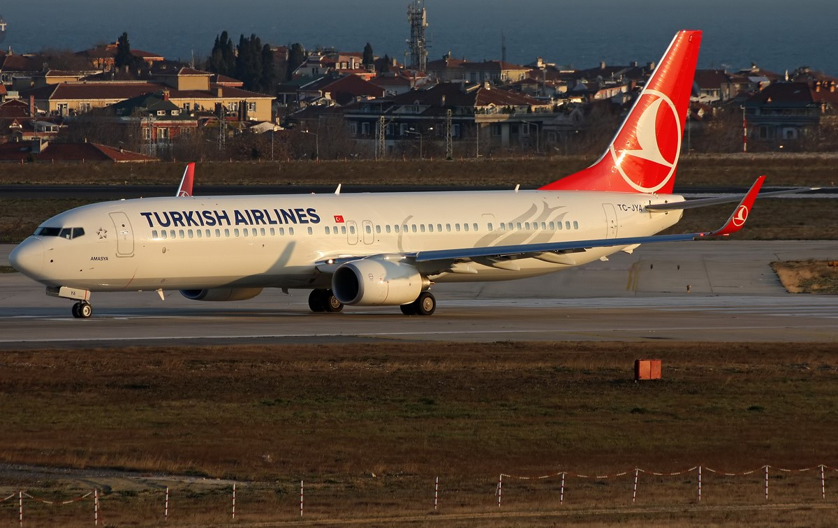 SMADE MEDIA - Turkish Airlines Boeing 737-900ER TC JYA - WWW (9)