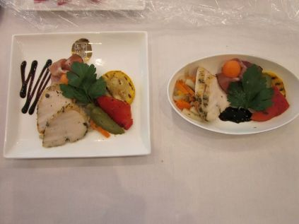 MEAL SERVICE SAMPLE ON BOARD CHINA EASTERN AIRLINES BOEING 777-300ER