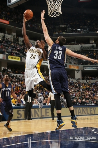 GRIZZLIES PACERS 103114 - SMADE MEDIA (4)