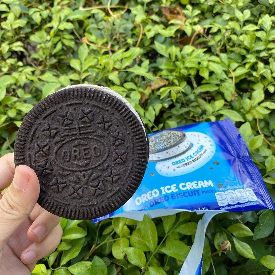 7-11 Thailand Has A Oreo Ice Cream Sandwich, Sending Fans Running To Nearest Store