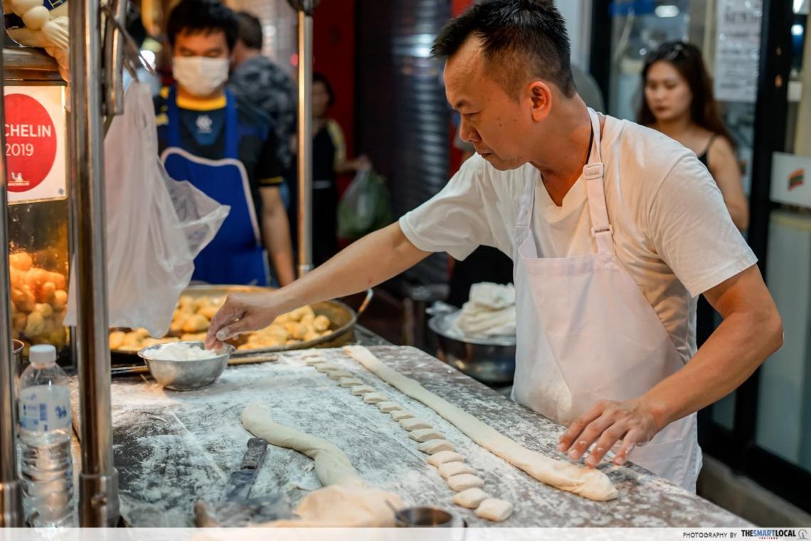 patonggo yaowarat shop