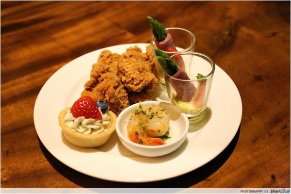 b2ap3_thumbnail_Pan-Pacific-Club-Lounge-Food.JPG