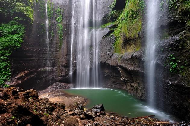 b2ap3_thumbnail_Madakaripura-Waterfall-East-Java-Indonesia.jpg