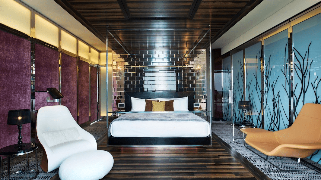 extreme wow suite bedroom