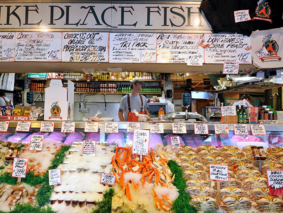 Seattle travel guide SIA - pike place fish market seafood