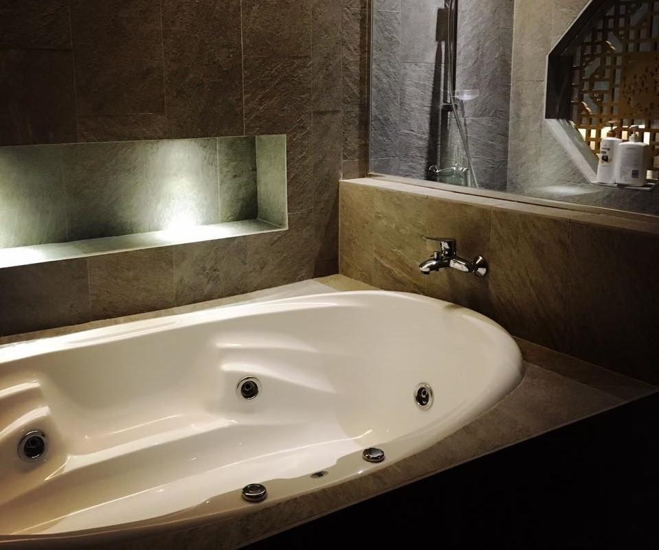 best spas massage parlour in singapore emperor spa