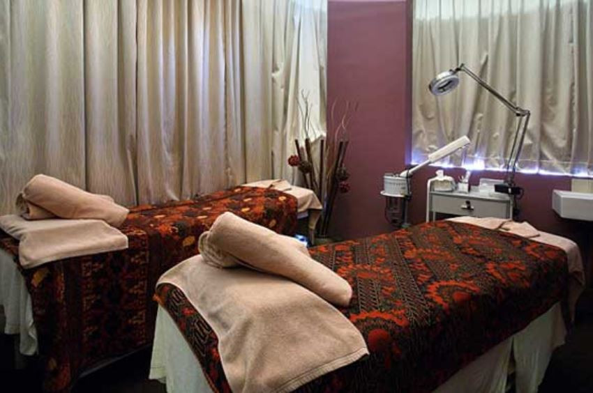 best spas massage parlour in singapore spa discovery massage