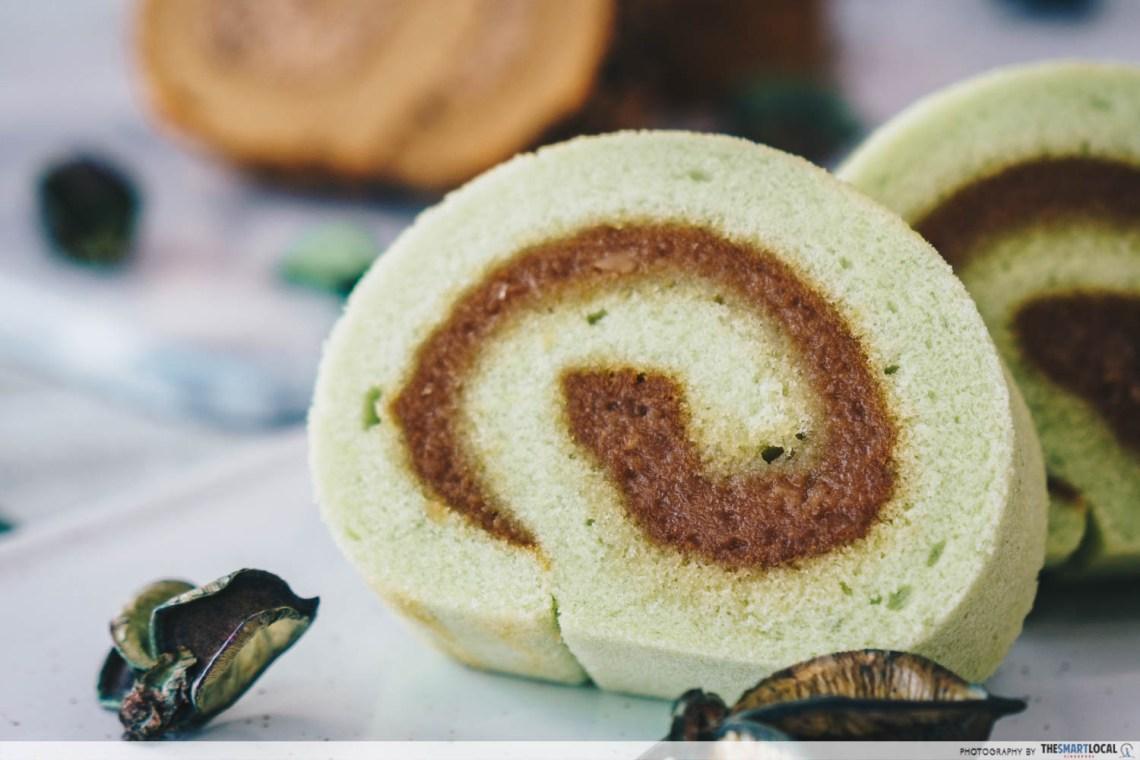 kaya coco roll