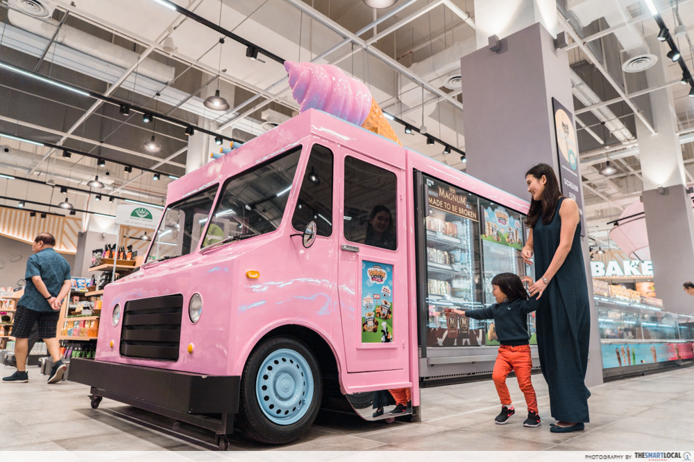 FairPrice Xtra and Unity VivoCity - pink ice cream van