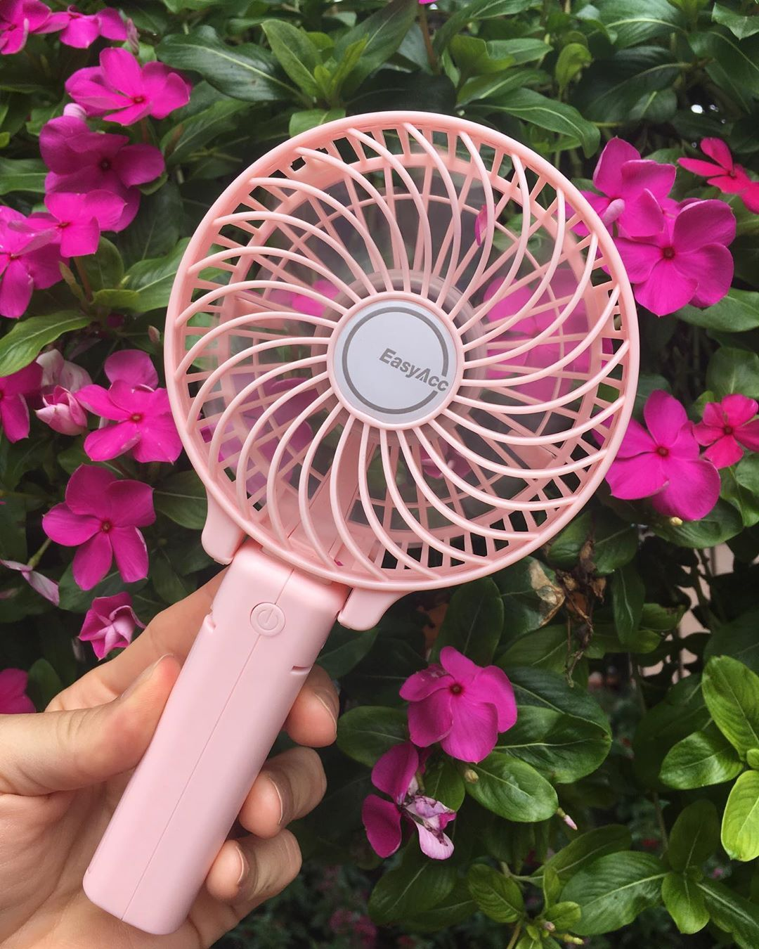 backpacking in singapore - portable fan