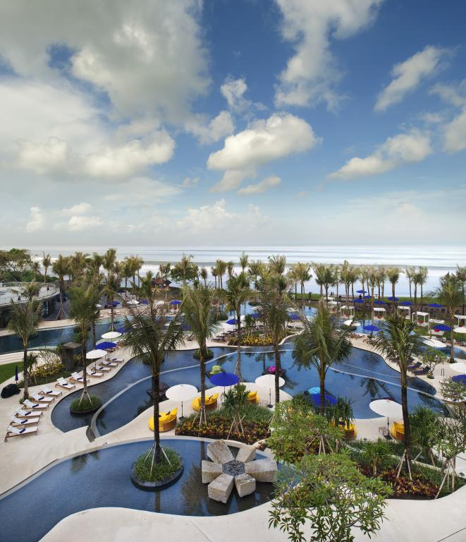 bali luxury hotels - w hotel seminyak tiered swimming pool
