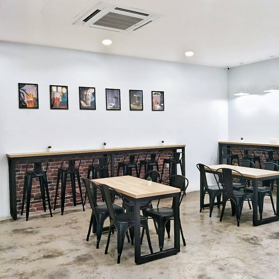 bubble tea cafe in jb - jiayi milk tea or plus one tea permas outlet