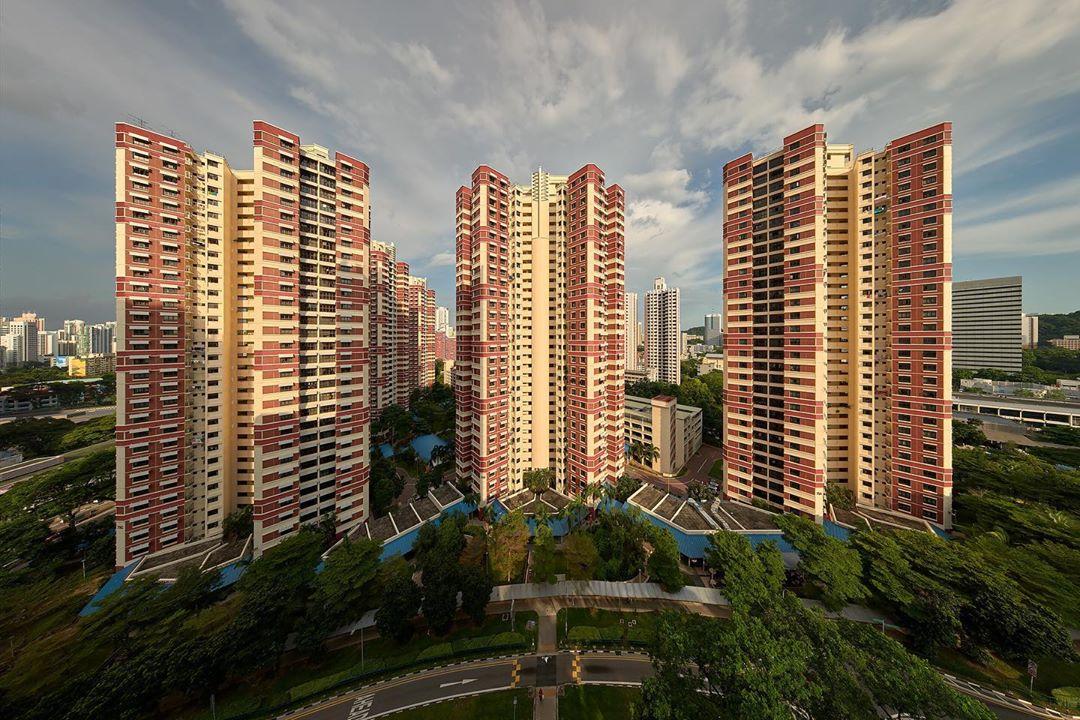 singapore legend - redhill