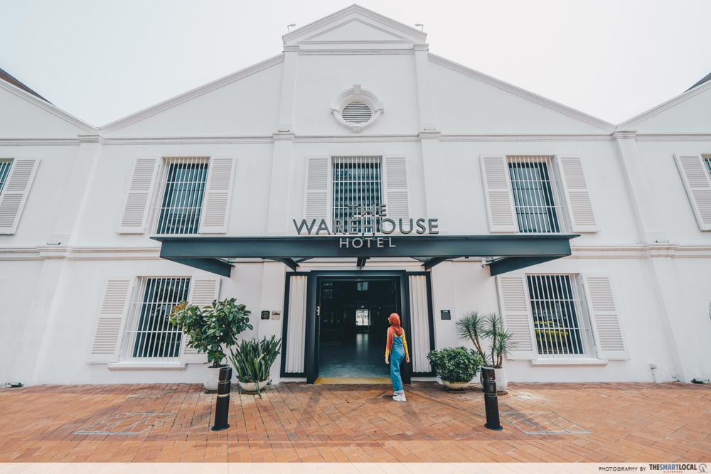 interesting singapore sites - the warehouse hotel