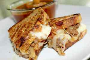 sweet balsamic beef grilled cheese, Mom Explores The Smokies
