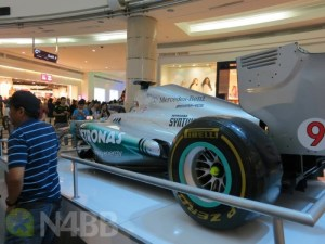 F1_BlackBerry_AMG_Petronas-2-1