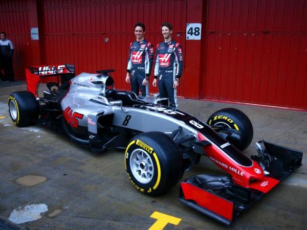 F1-2016-Haas-VF-16-Grosjean-Gutierrez