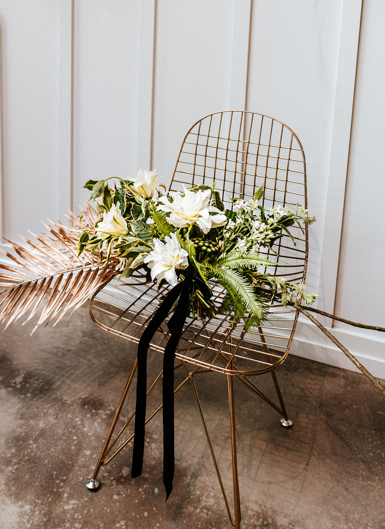 Modern florals for a black and white theme wedding