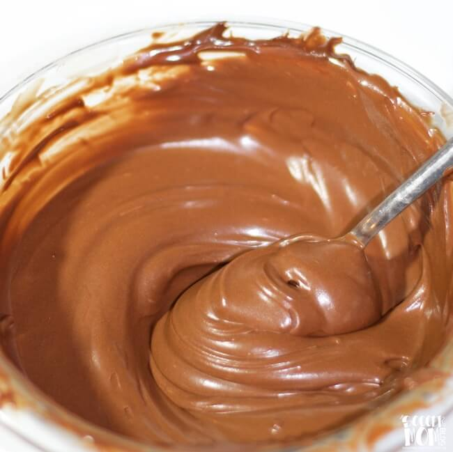 2 ingredient magic coconut oil frosting video the soccer mom blog be sure to try our chocolate coconut oil frosting too sciox Gallery